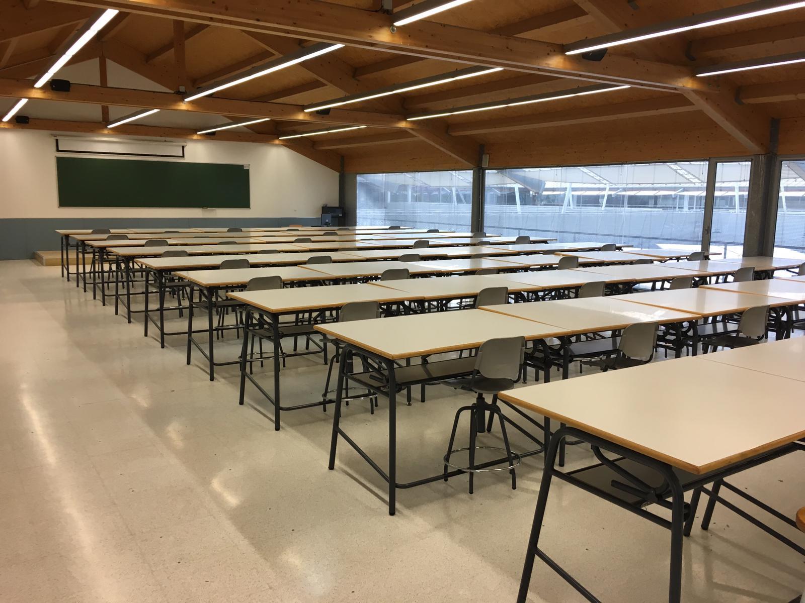 Las aulas 301, 302 y 303 del CIM ya están preparadas para la docencia